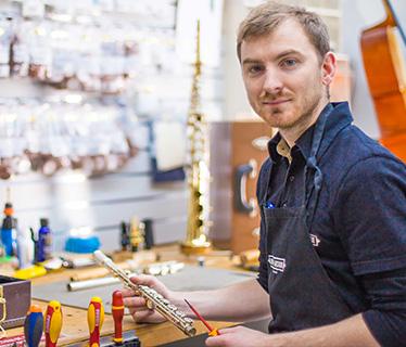 Réparation, réglage et location d'instruments à vent