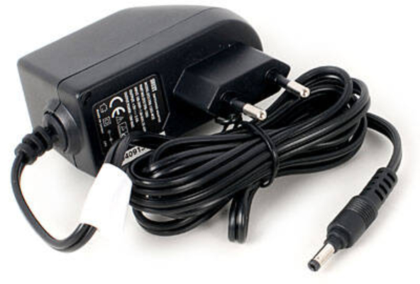 Zoom AD-14E Power Adaptor pour Zoom H4n, Q3HD, R16, R24