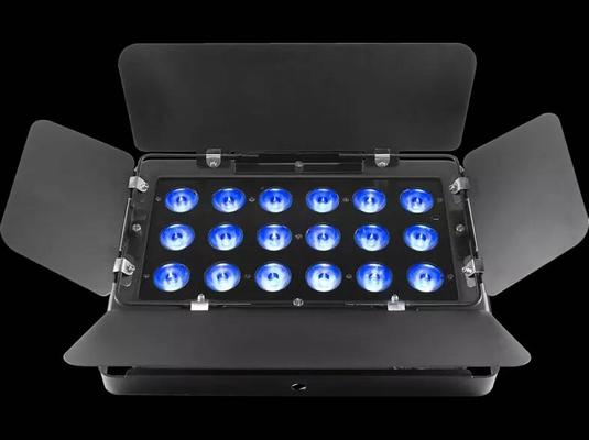 Chauvet Backline SLIMBANK-TRI18 Projecteur 18 LED Tri RGB 3 W