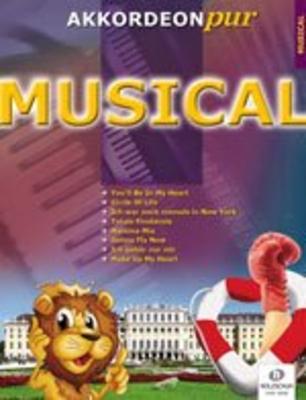Comédie Musical AKK /  Holzschuh / Holzschuh