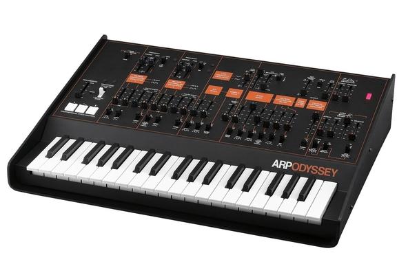 ARP analogique ODYSSEY Rev3 37 touches noir-orange