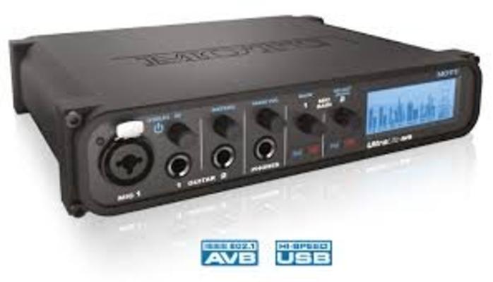 Motu UltraLite AVB 18×18 USB / AVB Audio Interface avec DSP Wireless Control et possibilité de mise en réseau