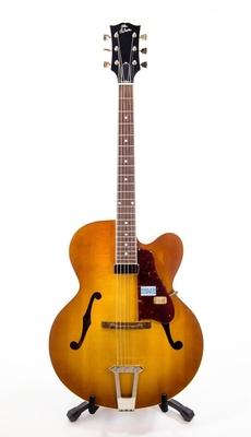 Gibson Solid Formed 17» Hollowbody Venetian Sunrise Tea Burst