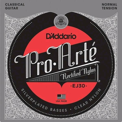 D'Addario EJ30 CLASSIC Rect. Nylon/Silverplated .028-.043 Normal Tension