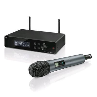 Sennheiser XSW 2-865-A Ensemble vocal avec 1x EM XSW 2 SKM 865 XSW (Condensateur Supercardio) NT 12-5 CW MZQ 1 GA 1 XSW 2 plage de fréquence: A (548 – 572 MHz)