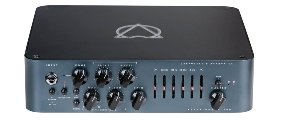 Darkglass Electronics Alpha Omega 900 avec footswitch