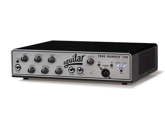 Aguilar Tone Hammer 700 un canaux 700W argent
