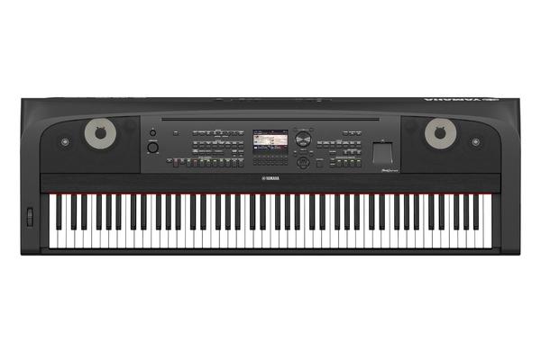 Yamaha DGX-670B  Piano Arrangeur noir mat