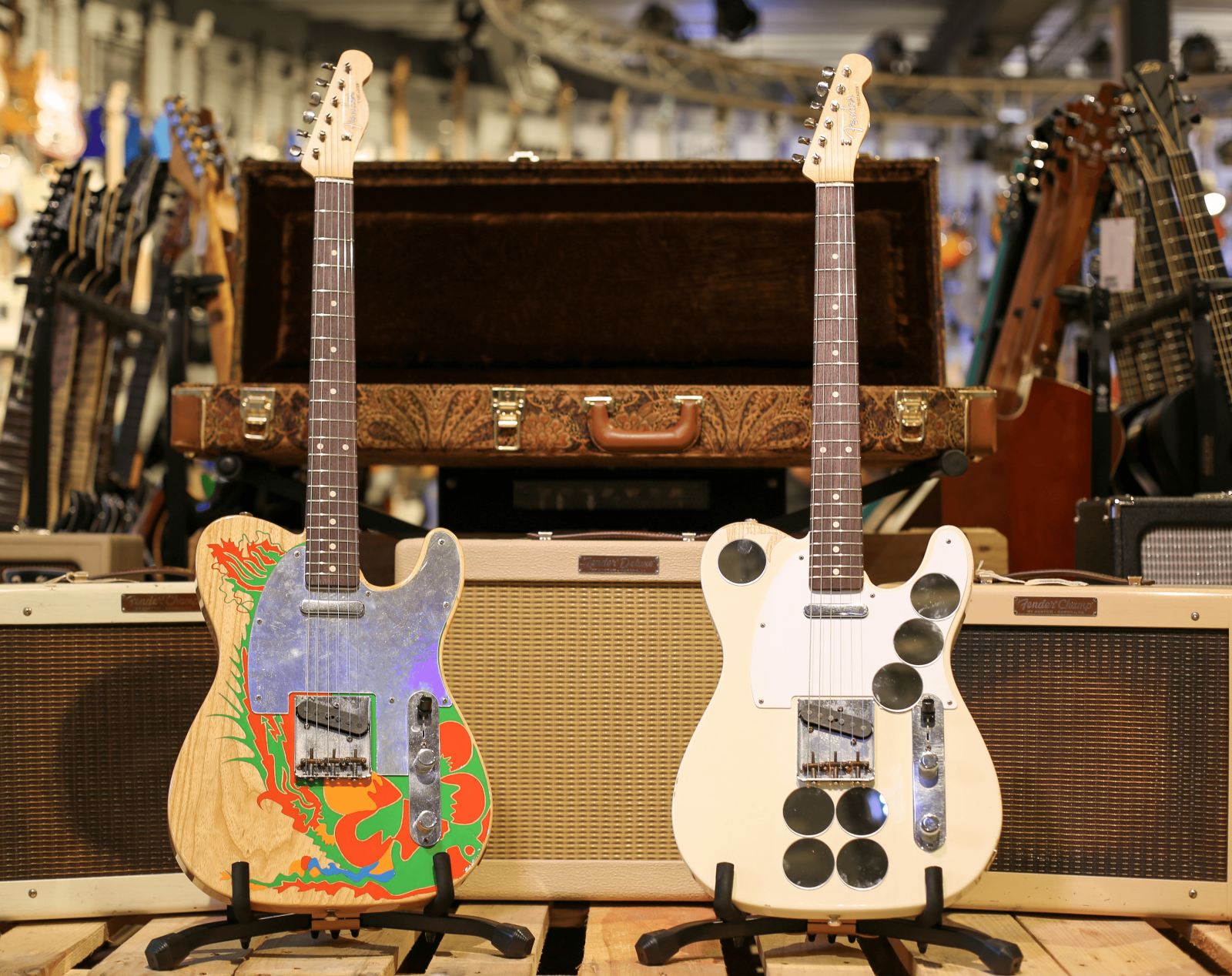 Fender Custom Shop Jimmy Page Telecaster Dragon & Mirrored Set – Masterbuilt by Paul Waller & Limited Edition Led Zeppelin Flipper : photo 2